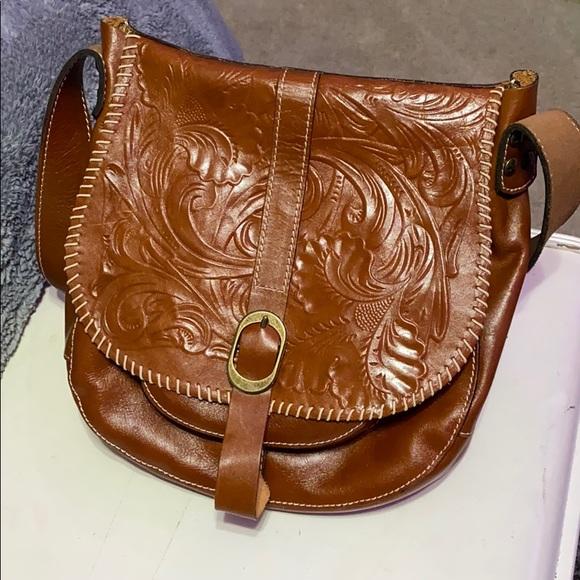 Patricia Nash Handbags - Patricia Nash Barcelona crossbody bag w/ wallet
